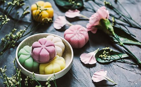 鲜花冰皮月饼素材图片图片