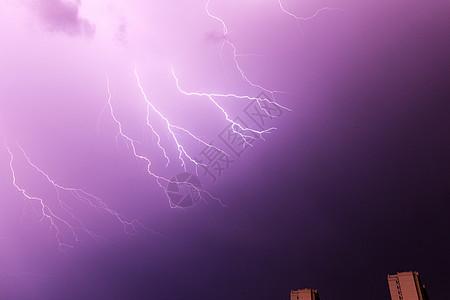 天空闪电图片