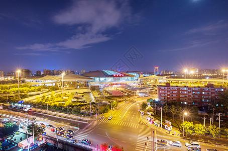 北京南站夜景图片