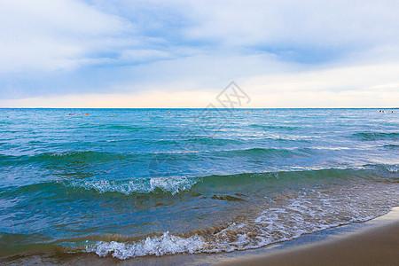 新疆旅游景点博斯腾湖美景图片