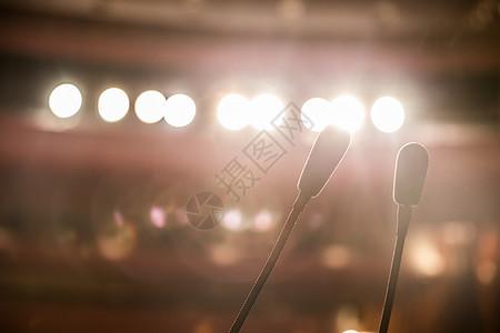 节日舞台的灯光效果图片