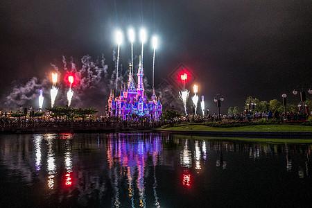 迪斯尼城堡烟花表演图片