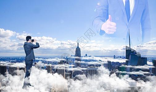云雾中的人与建筑图片