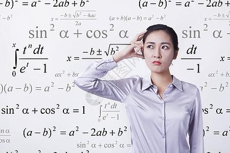 学数学的女孩图片