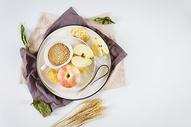 燕麦和苹果图片