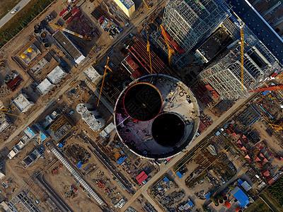 俯瞰施工中的电厂图片