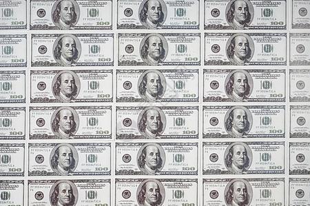纸币整齐排列图片