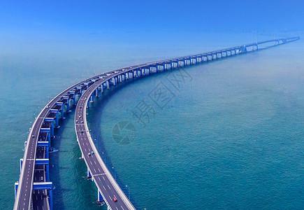 跨海大桥建筑车轨夜景城市建设图片