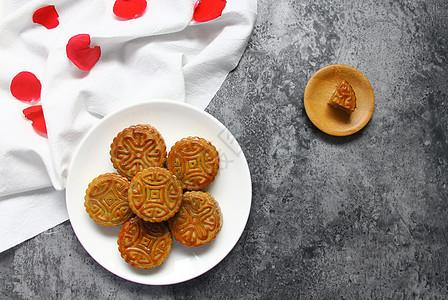 中秋节美食美味月饼背景素材图片