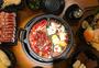 美味的四川鸳鸯火锅图片