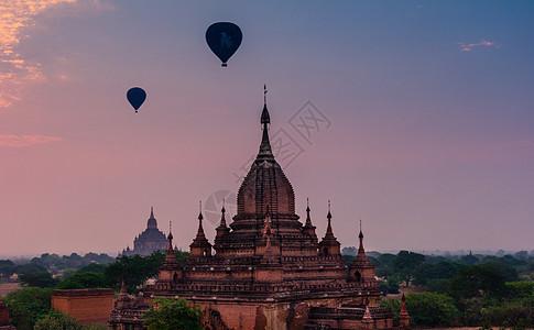 美丽的缅甸佛塔日出图片
