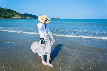 海边的女孩图片
