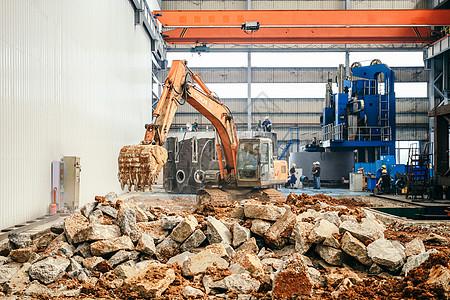 挖掘机工厂内施工图片