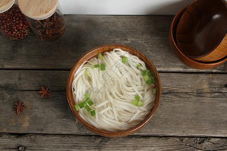 清汤面条图片