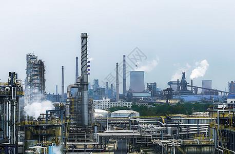 密集的工业工厂图片