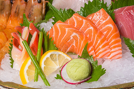 海鲜刺身拼盘高清图片