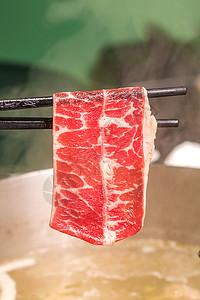 顶级雪花火锅涮牛肉图片