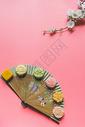 创意中秋月饼中国风图片