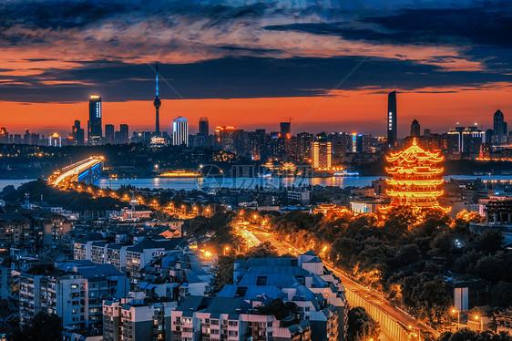 武汉黄昏火烧云长江大桥黄鹤楼图片