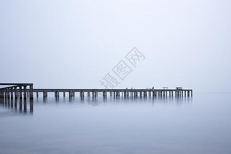 东湖凌波门水面图片