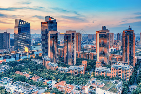 城市风光黄昏武汉天地图片