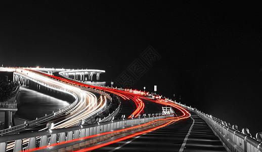 厦门演武大桥夜景车灯光影轨迹图片