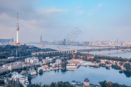 武汉黄昏长江大桥图片