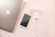 数码产品平铺拍摄图片