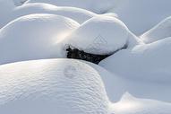 寒冬雪堆图片图片