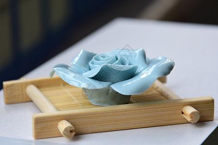 陶瓷玫瑰花图片