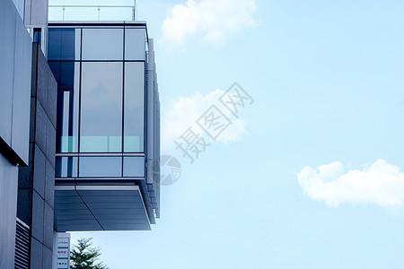 城市建筑天空蓝背景图片