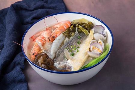 鲜虾黄鱼面图片