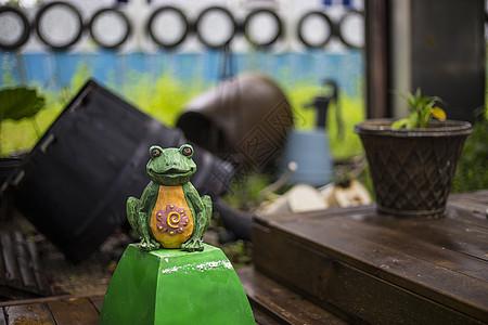小青蛙摆件图片