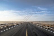 新疆广阔公路图片