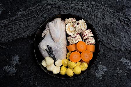 玉米板栗红萝卜马蹄煲鸡汤材料摆盘素材图片图片