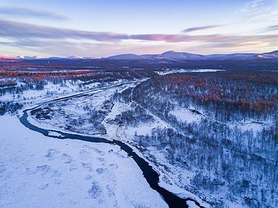 航拍阿尔山冰雪荒原图片