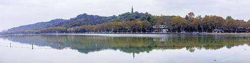 西湖北山街秋色全景图片