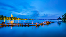 西湖长桥夜景图片