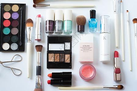 彩妆化妆品排列图片