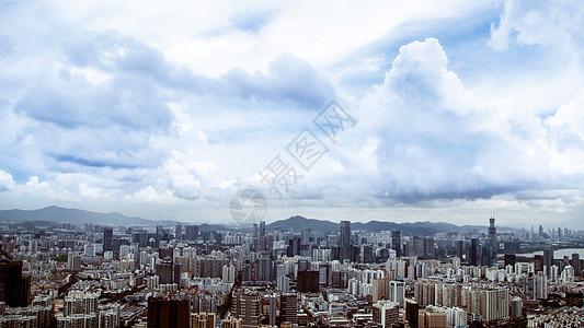 城市山脉云朵天际线图片