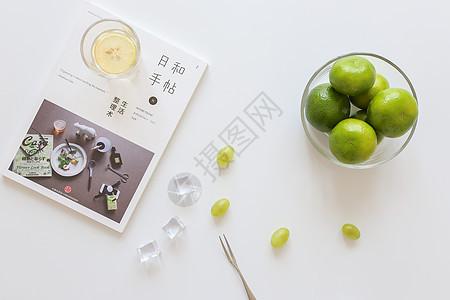 清凉水果白底静物图片