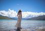 西藏羊湖羊卓雍措美景美女写真图片