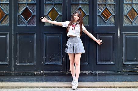短裙长发长腿清新美女大学生模特图片