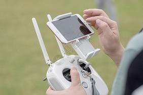 操控无人机遥控图片