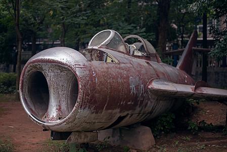 破旧的飞机图片