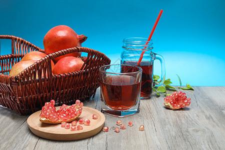 创意石榴果汁造型图片