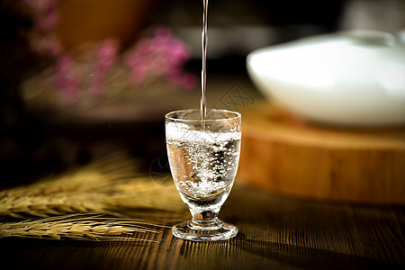 白酒酒花图片