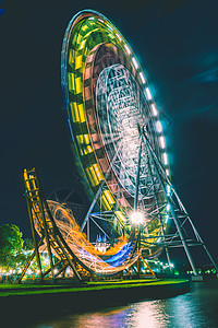 苏州摩天轮乐园夜景图片