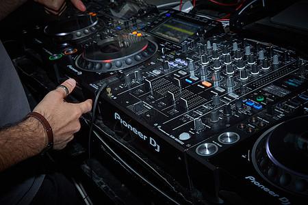 活动酒吧DJ图片