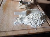制作蛋糕的面粉图片